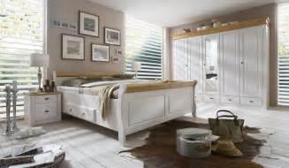 badmöbel landhausstil italien wandschrank shabby