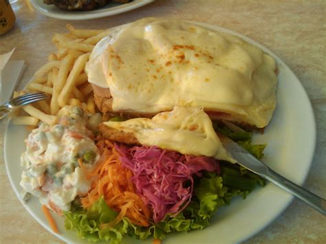 Uruguay Main Dishes - uruguayan foods and desserts