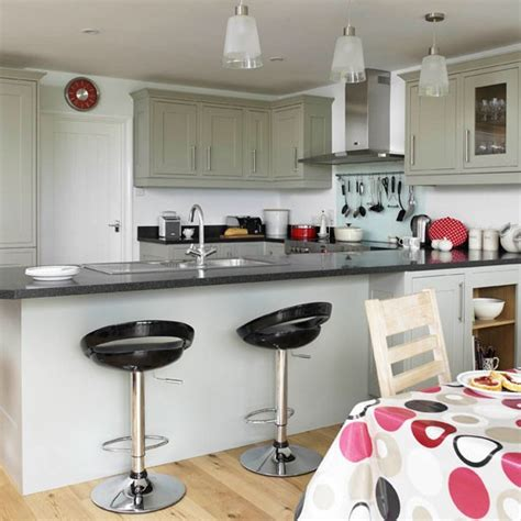 breakfast bar be inspired by this contemporary open plan