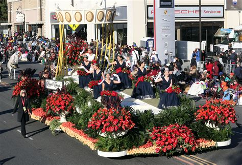 new year parade on tv parade 2016 live info tv channel start time