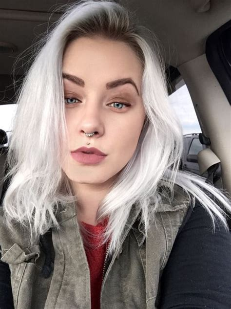 blonde hair dark root ictures ttsohgecaf here have this selfie too bleach blonde