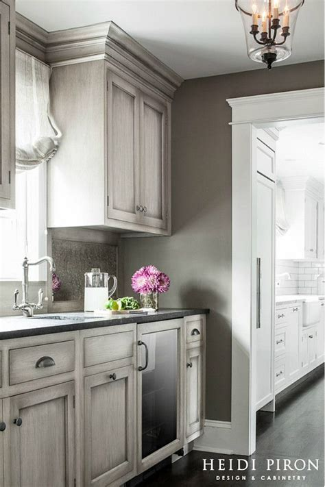Gray Kitchen Cabinet Ideas Best 25 Grey Kitchens Ideas On Grey Cabinets