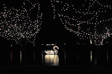 meriden s hubbard park festival of silver lights 2010