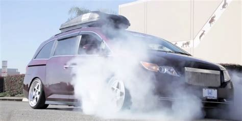 bisimoto odyssey top gear watch this 1 029 hp honda odyssey minivan roast its tires