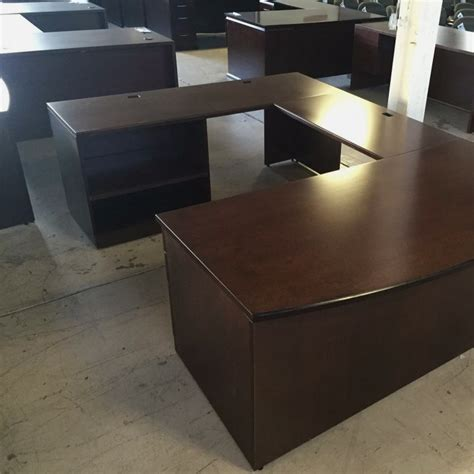 Knoll Reff Reception Desk Knoll Reff Veneer L Desks Used 600 Office Furniture Now