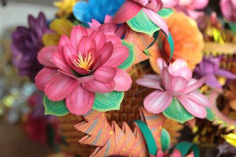 realizzare fiori come fare dei fiori di carta idee e tutorial
