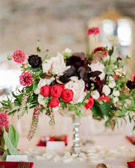 23 ways to arrange wedding centerpieces martha
