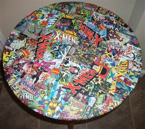 comic decoupage table by kracalactaka artist show