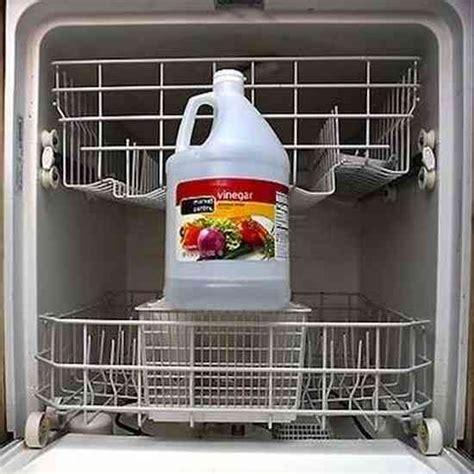 Vinaigre Dans Lave Vaisselle by 10 Utilisations Du Vinaigre Qui Vont Vous Simplifier La Vie