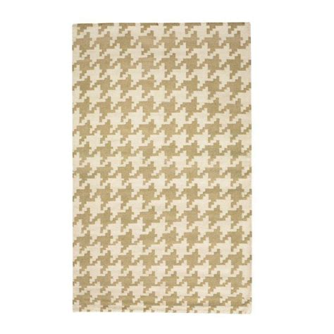 Houndstooth Area Rug Home Decorators Collection Houndstooth Beige 5 Ft X 8 Ft Area Rug 0166920810 The Home Depot