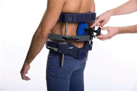 traction for back vertetrac spinal decompression device for rapid back pain