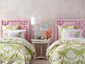 shared kids room design ideas hgtv 25 best ideas about shared bedrooms on pinterest shared