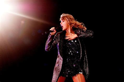 taylor swift tour july 11 taylor swift reputation stadium tour in perth 10 19 2018