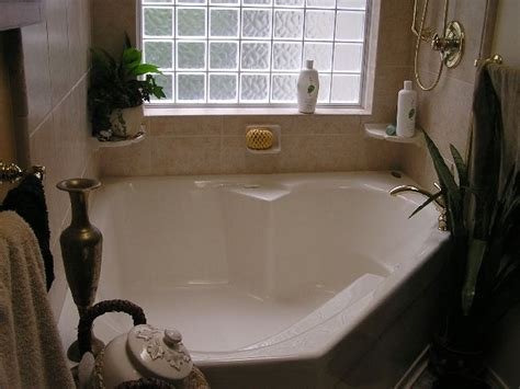 Garden Tub Decor Ideas 13 Best Images About Garden Tub Decor On Corner Tub Bathroom And
