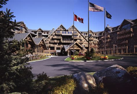 trimmery 3b 75 lakewood spruce stowe mountain hotels the lodge at spruce peak photo gallery