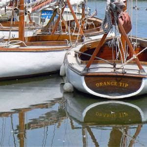 sailing dinghy hire norfolk broads day boat hire at martham boat building dev co ltd boat