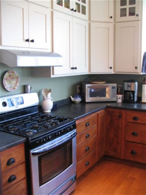 two toned kitchen cabinets pictures ideas from hgtv hgtv information about rate my space questions for hgtv com