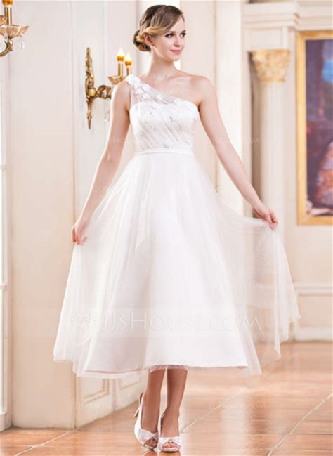 A Line/Princess One Shoulder Tea Length Tulle Wedding