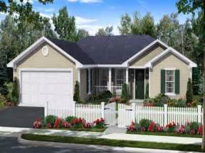 modern one story house small one story house plans small