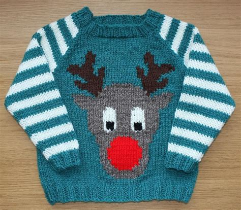Knitting Pattern Xmas Jumper | christmas sweater knitting patterns loveknitting blog