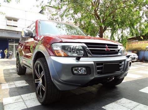 Jual Sho Kuda Di Bandung real mitsubishi pajero 2001 cbu warna merah evo 4 x 4