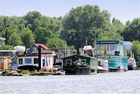 Hamburger Hausboote by Hamburger Hausboote Hamburger Hausboote Hamburg Hausboot