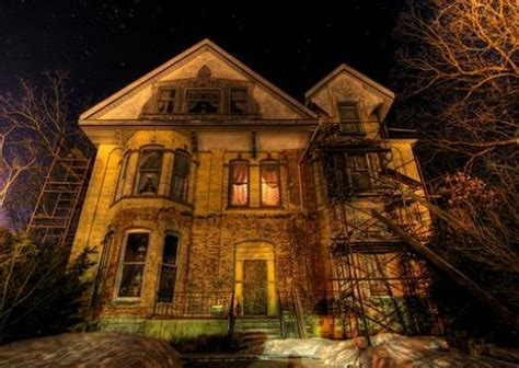 haunted houses in michigan 11 spooky places to raise the dead