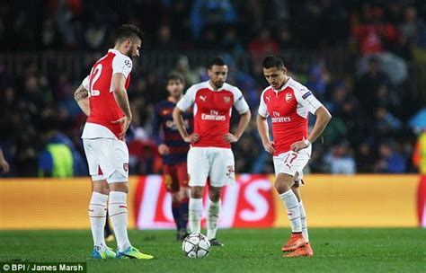 arsenal players salary revealed arsenal player salaries 2016 allsoccerplanet