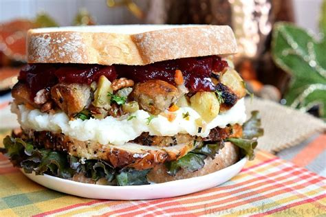 thanksgiving turkey sandwich recipe thanksgiving leftovers sandwich home made interest
