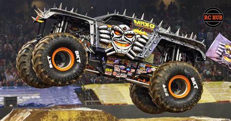 rc monster jam trucks for axial max d monster jam rc hub