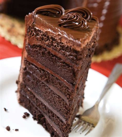 28 yummy and delicious chocolate cake ever themescompany