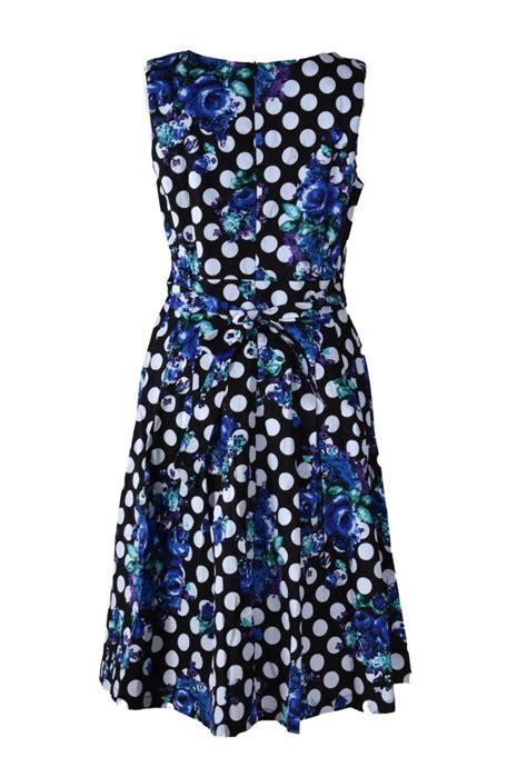 bloemen achter stella jurk mouwloos met blauw bloemen achter jippiejurk