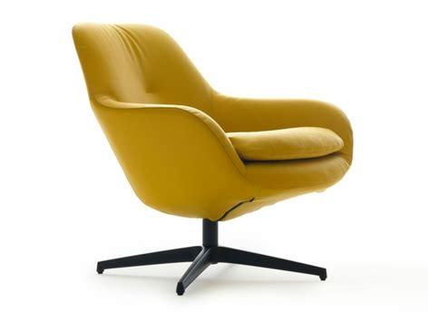 Ordinaire Fauteuil De Salon En Cuir #6: Fauteuil-design-leolux-produit-jaune-doux-et-confortable-meuble-salon-a-rouler.jpg