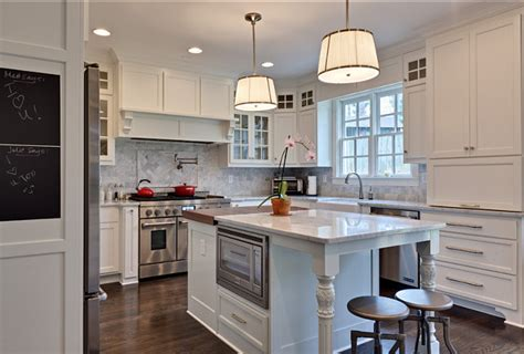 best benjamin moore white for kitchen cabinets kitchen cabinet paint color benjamin moore oc natural