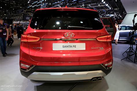 Hyundai Santa Fe Safety by 2019 Hyundai Santa Fe Brags With Best In Class Safety