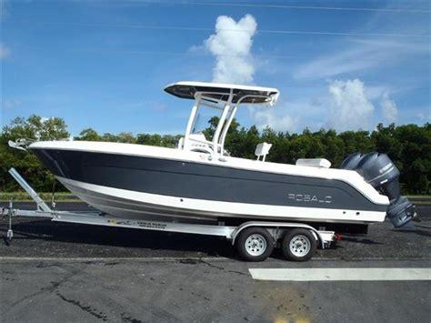 robalo boat merchandise 2015 robalo center console r242 24 foot 2015 robalo