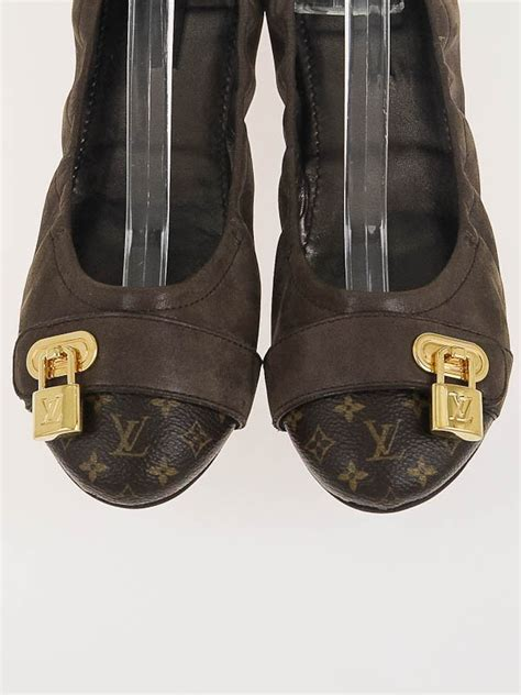 louis vuitton flat shoes for louis vuitton monogram canvas and iridescent calf leather
