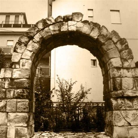 porta montanara porta montanara historic site