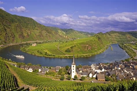 the in the rhine valley weneedfun