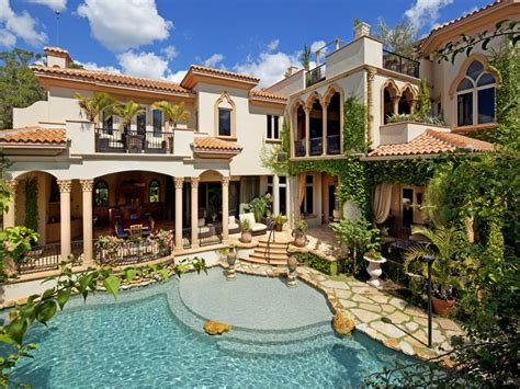 Luxury Homes In Sarasota Fl Opulent Siesta Key Mediterranean In Florida United States