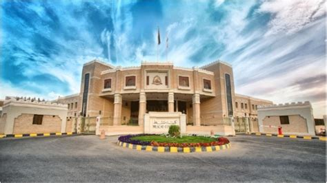 Mba Colleges In Muscat by New Stirling Graduates Hailed In Muscat Ceremony Omangb News