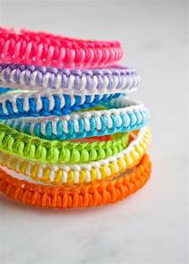 Make Macramé Cord Bracelet Patterns Home - easy friendship bracelet kits purl soho create