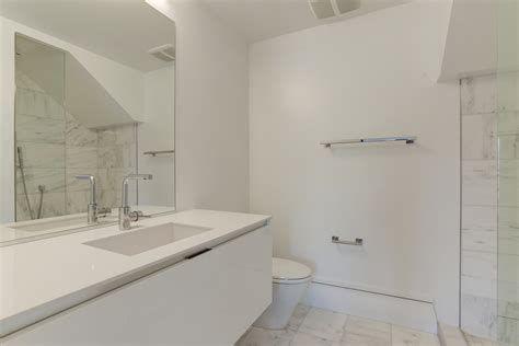 quartz bathroom white quartz deal of 2016 38 sf beautiful quartz