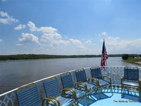 mississippi river boat cruise leclaire iowa rollin on the river welcome to the quad cities the