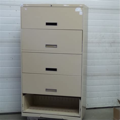 Steelcase Lateral File Cabinet Steelcase Beige 5 Drawer Lateral File Cabinet Locking Allsold Ca Buy Sell Used Office