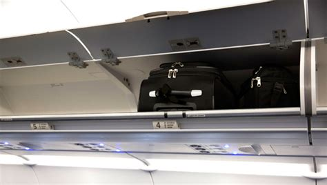 baggage rules united 100 united new baggage policy volaris oversized and