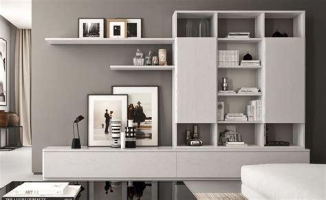 librerie salotto oltre 25 fantastiche idee su pareti grigie su