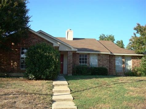 1309 branch hollow drive carrollton tx 75007 foreclosed