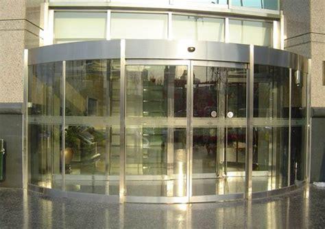 glas schiebe tür aluminiumlegierungsrahmen ausgeglichenes glas bogen