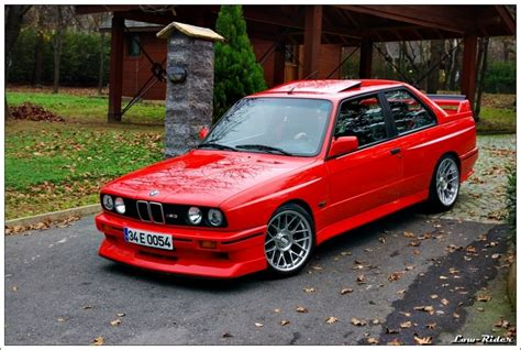 How Big Is A 3 Car Garage by Bmw E30 M3 Photoshoot
